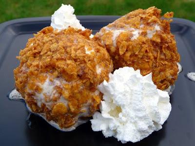 http://1.bp.blogspot.com/_wosEZOJ58DM/SgJT1wk1M5I/AAAAAAAAAmc/U8-DTXQ-M-Q/s400/Deep+Fried+Ice+Cream.1.jpg