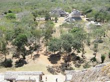 Desde lo alto del templo de Ek Balam