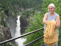 Min kjære Gro Marit ved Rjukanfossen