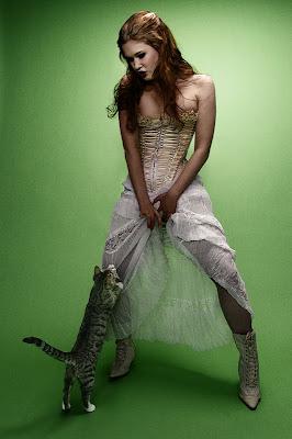gato+mujer