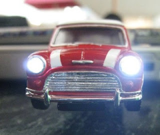 mini cooper usb key with headlights on
