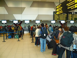 Lima airport check-in lines