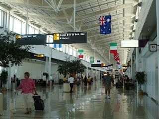 IAD B Concourse