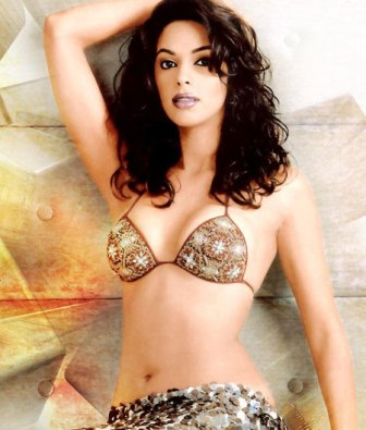 hot bollywood actress in bikini celebrity gossip