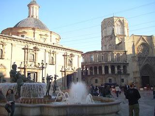 La plaza de la Virgen, Valencia