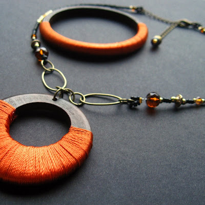 Autumn Bold Fiber Wrapped Necklace and Bracelet Set