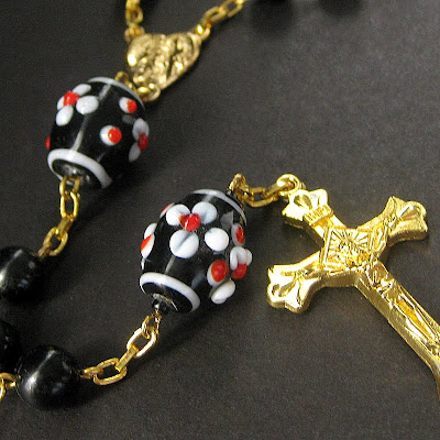 Pocket Rosary in Black, Red and White Floral Lampwork Beads