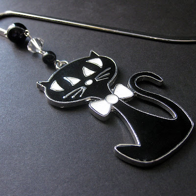 Cat Lovers Bookmark in Black and White