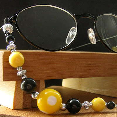 Bumble Bee Black and Yellow Eyeglass Holder