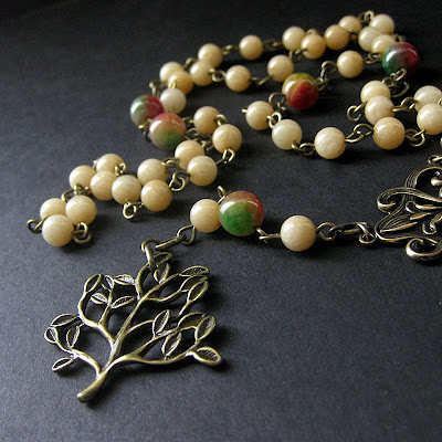Gemstone Necklace in Jade and Bronze