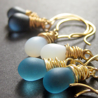 The Blues Elixir Teardrop Earring Set in Gold