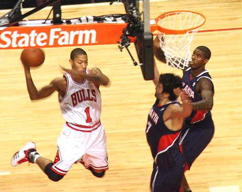 derrick rose dunk bulls. derrick rose memphis dunk.