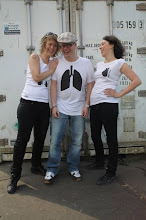 Gothenburg harbour april 26 2009 Harriet, Patrik and Lisa Photo; Anna Hallberg