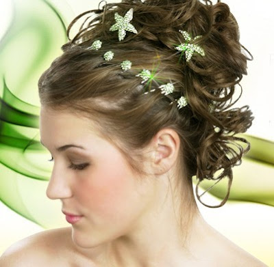 prom hairstyles 2011 for short hair. prom hairdos 2011 for short
