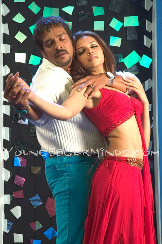 Deepika Padukone Hot Scene HQ Pictures Photos from South Movie