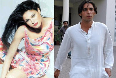 Muhammad Asif and actress Veena Malik married in London recently