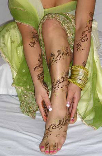 Mehndi Design and all about arm henna pattern
