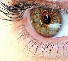 Patrzę, bo oczy są zwierciadłem duszy