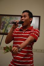 yes!! i do sing