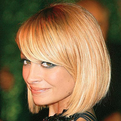 short hairstyle with bangs. Hairstyles for Short