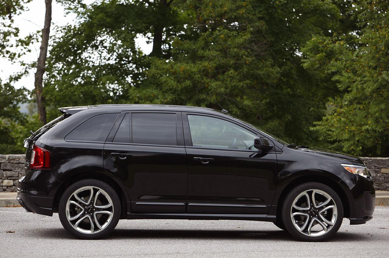 actualidad automotriz 2011 ford edge sport black. Black Bedroom Furniture Sets. Home Design Ideas