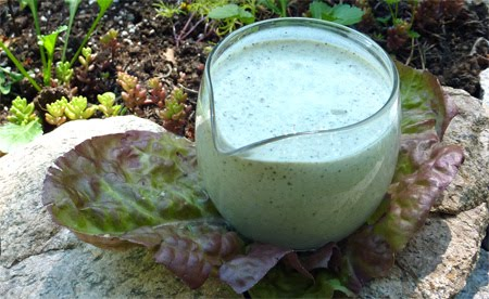 ... Raw Kitchen: Recipe of the Week: Creamy Peppercorn Ranch Dressing