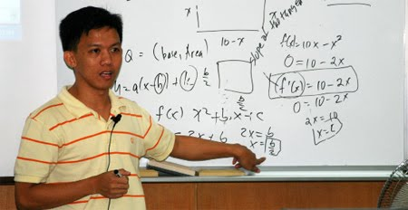 Short-term courses on GeoGebra and laboratory techniques conducted