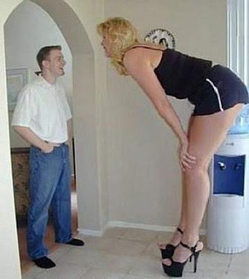 أطول النساء فى العالم Giant_04