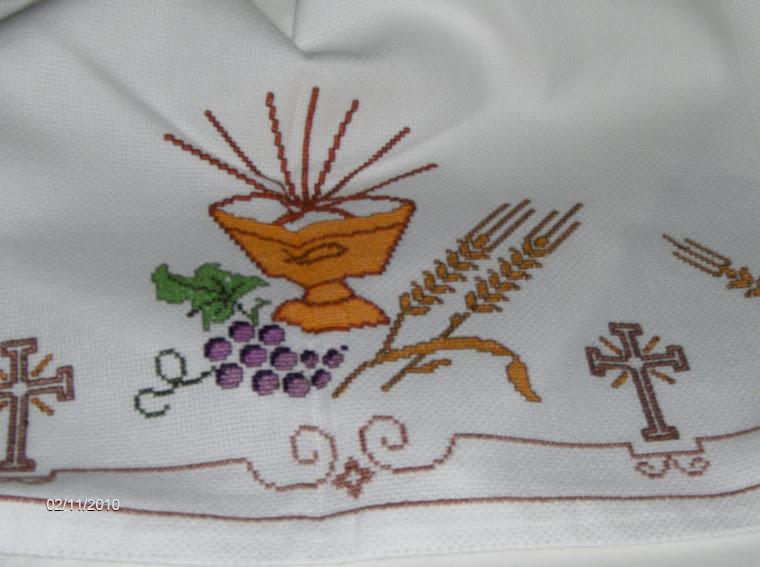 toalha de altar  oferta que fiz para uma igreija