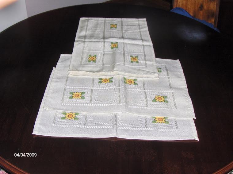 conjunto de naperões de girasois