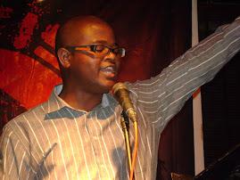Nguimba Ngola & o prazer da declamação
