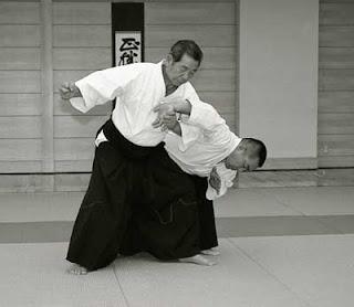 Saito Morihiro applying a sankyo