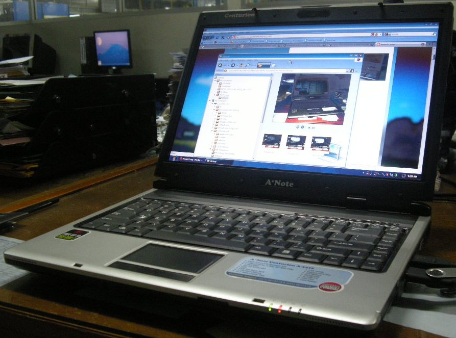 Laptop a note