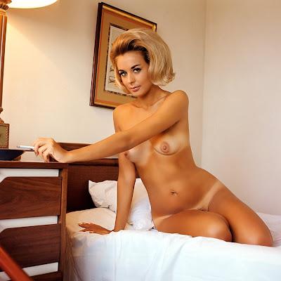 фото голая дженьюари джонс