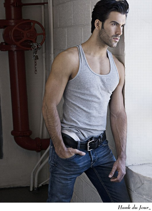 Gorgeous Colombian fashion model and actor Daniel Villa is from Bogota ...