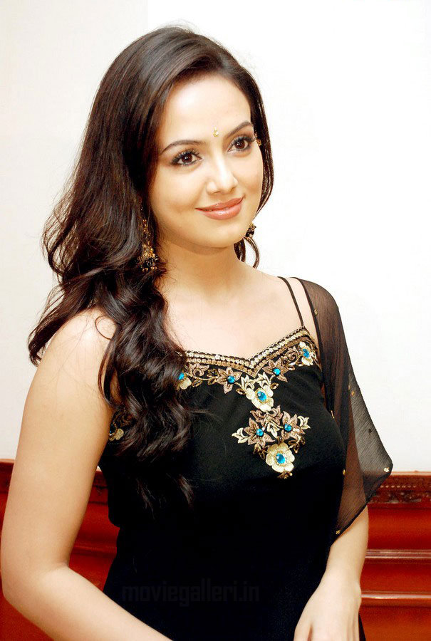South : Sana Khan Pics in Black