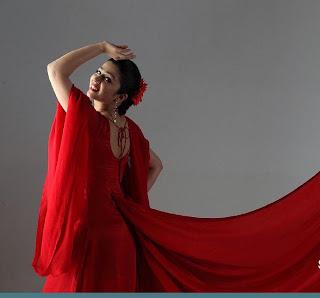 http://1.bp.blogspot.com/_xFP6s39OUYY/TIhziruksSI/AAAAAAAAlGc/82Gp5A5aUOA/s320/charmi-red-hot-spicy_stills.jpg