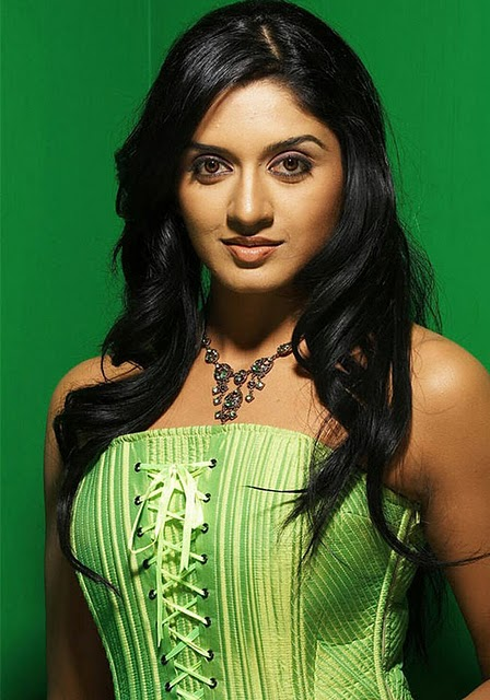 Vimala Raman Hot Photos gallery pictures