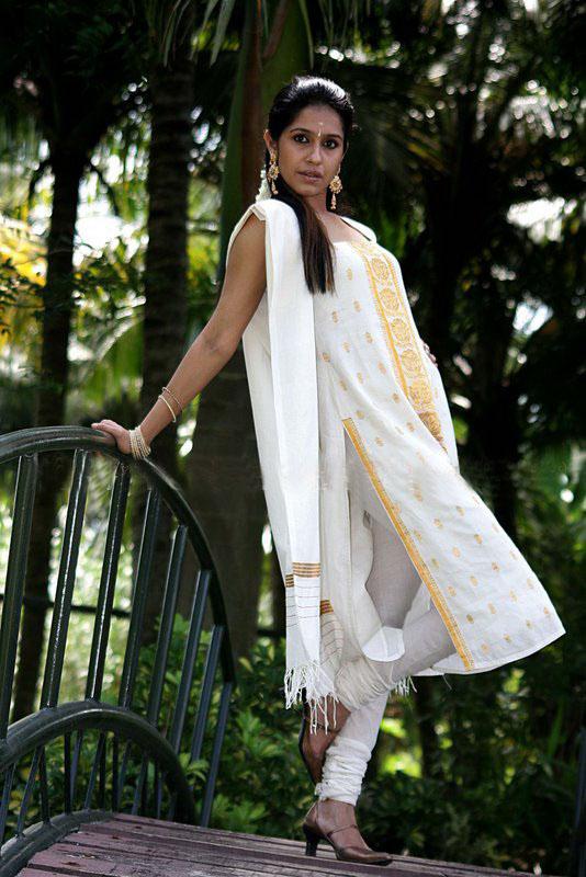 Ranjini Haridas Rare Photos navel show
