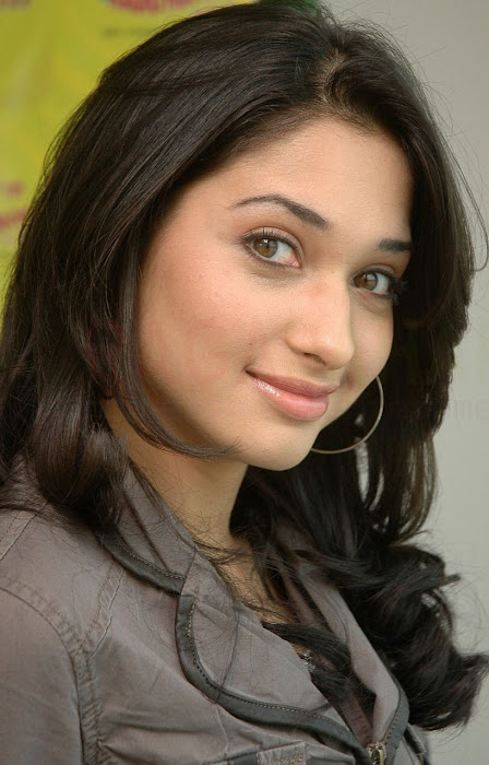 of tamanna bhatia cute stills