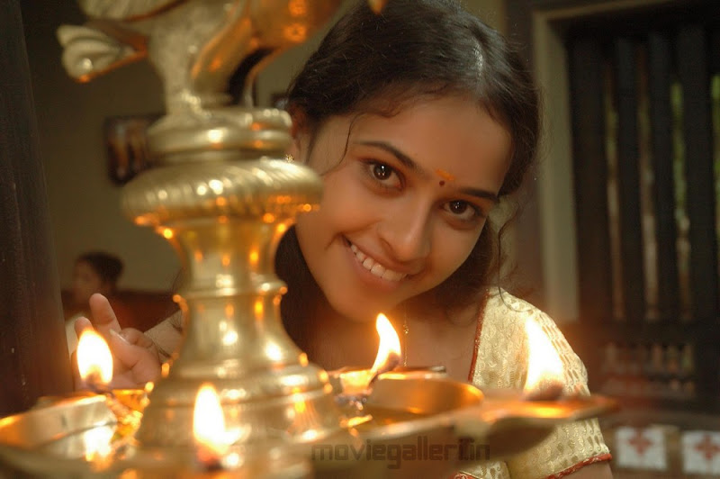 Sri Divya Nice Stills wallpapers