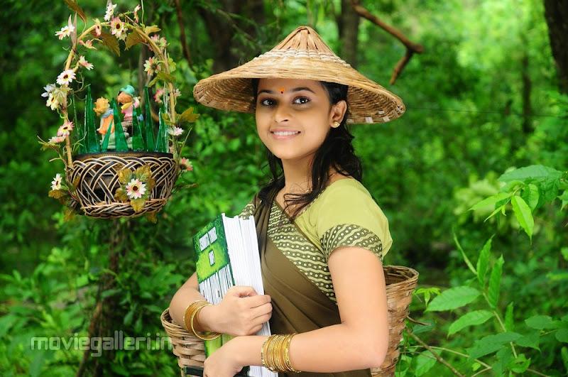 Sri Divya Nice Stills unseen pics