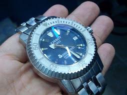 Sold: Tissot Seastar 1000 300m