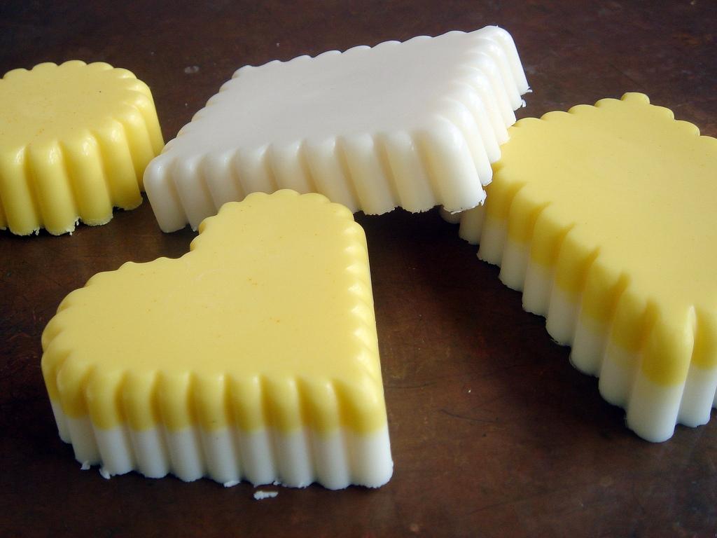 The Soap King: Mmm, Lemon Cake Fragrance Oil