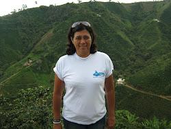 Luz Marina en los cafetales de Acevedo