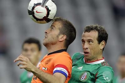 Fotos Holanda 2 vs Mexico 1, jugadas y colorido en la derrota azteca