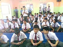 SOLAT BERJEMAAH SESI PETANG SMKPB 2010