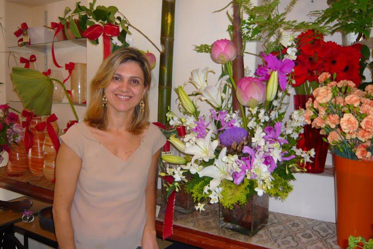 CLIENTE DAI SHIZEN FLOWER ROSANA IKEBANA ESPECIAL PARA ANIVERSARIO