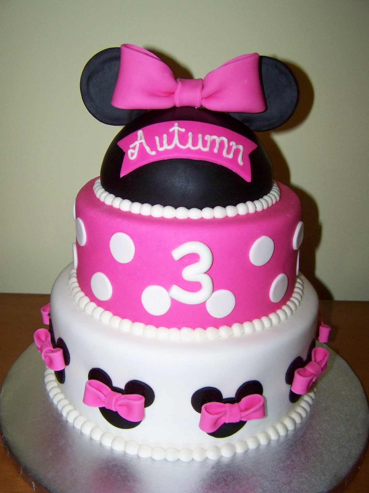 Cakes by Kristen H Minnie Mouse