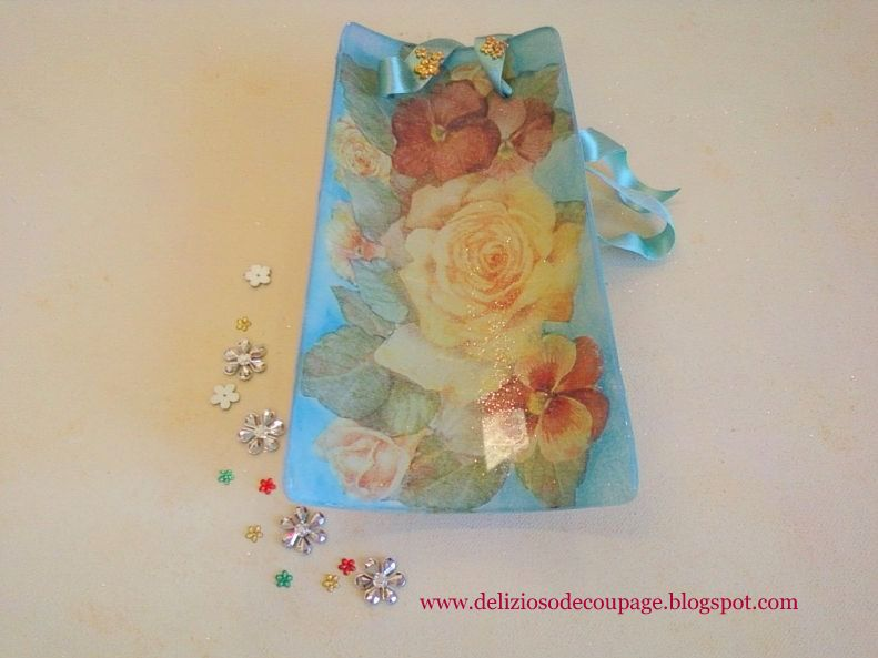Delizioso d coupage tegola double face con d coupage e - Decorazioni decoupage ...